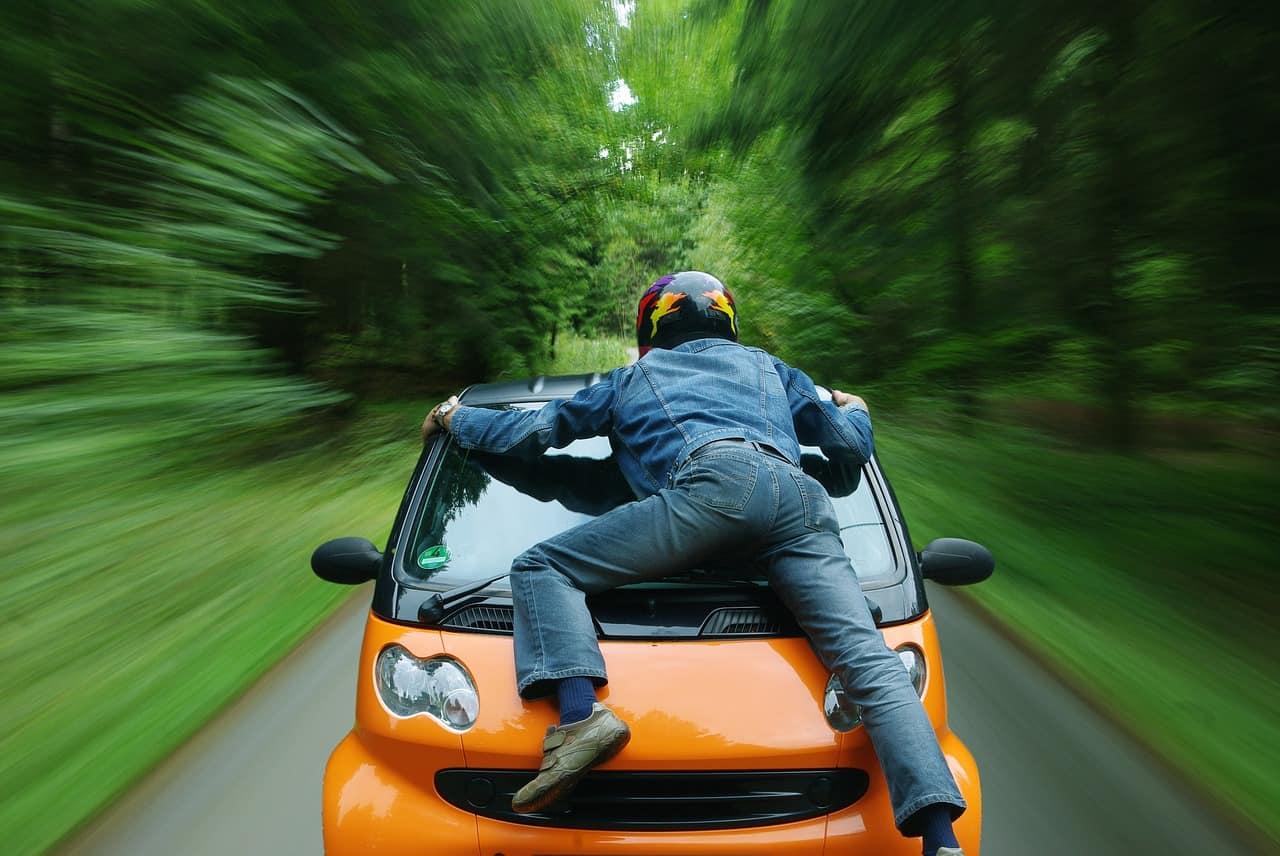 איזה פיצויים אפשר לקבל לאחר תאונת דרכים כהולך רגל